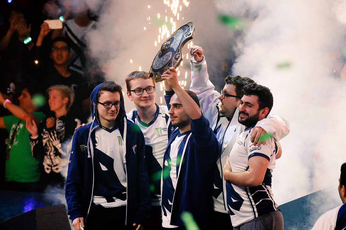 liquid-ti7-champion
