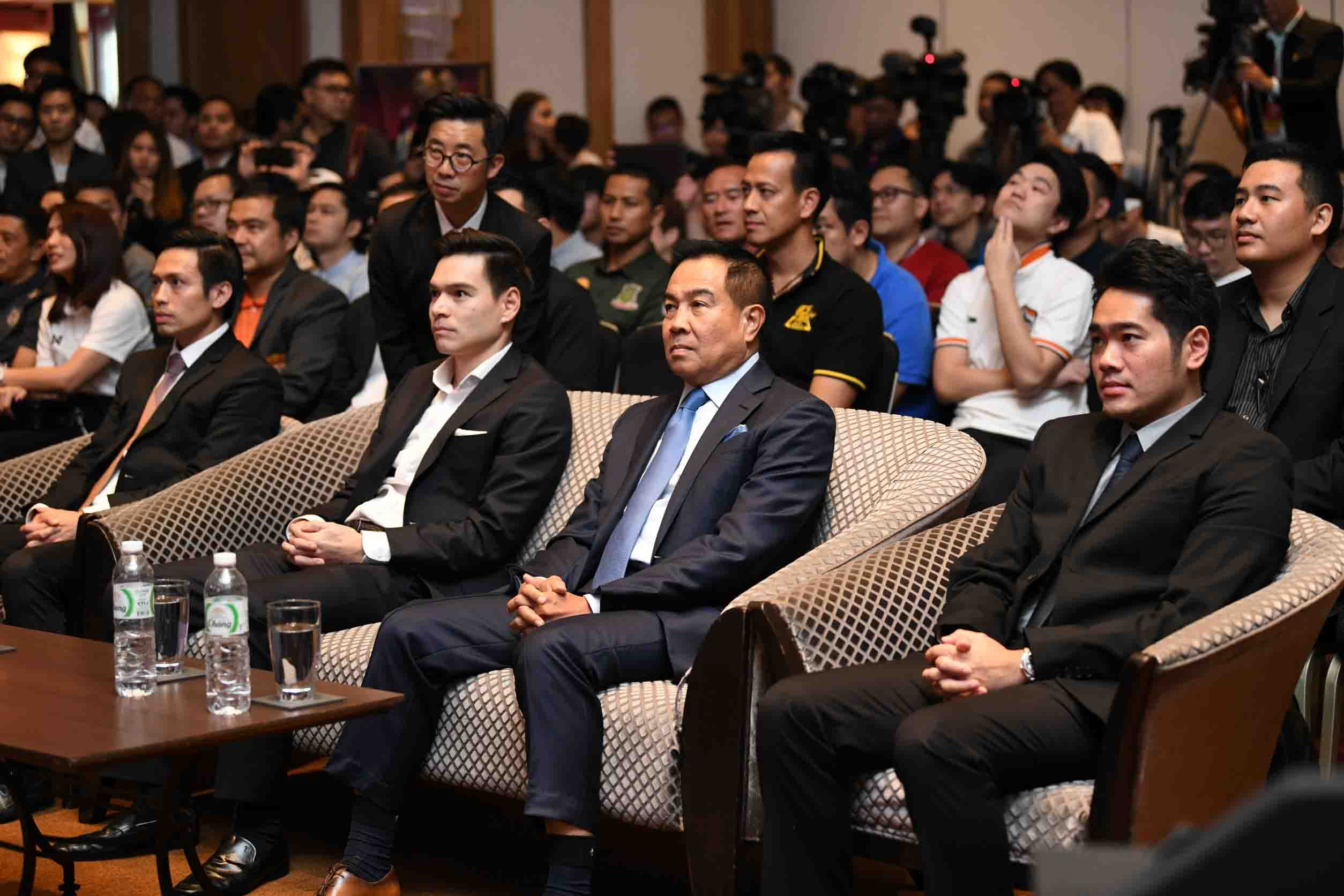 Football_Association_thai_and_konami_E-League Pro1